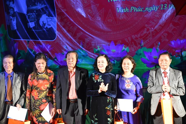 Hà Nội: Ấm áp Ngày hội Đại đoàn kết toàn dân tộc phường Vĩnh Phúc - 1