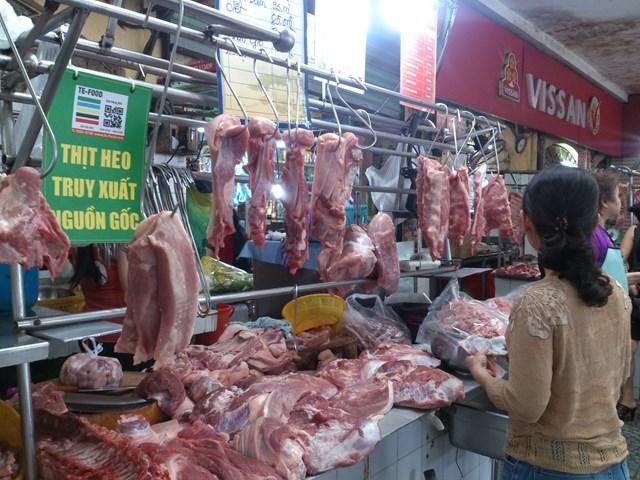 Thiếu hụt nguồn cung, giá thịt heo tăng cao
