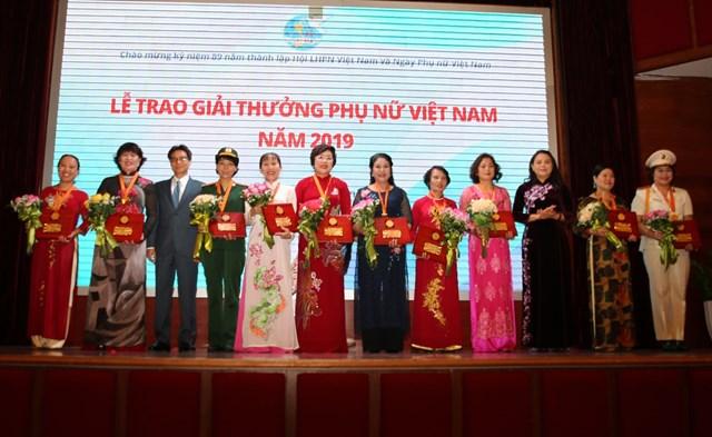 Phụ nữ Việt Nam luôn là nơi khơi nguồn các giá trị tốt đẹp