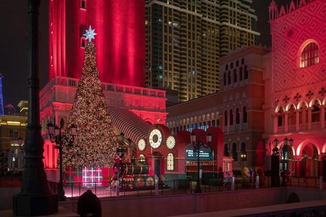 [ẢNH] Chiêm ngưỡng thủ đô các nước lộng lẫy đón Giáng sinh - 16