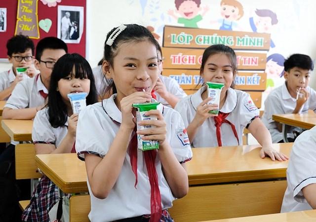 Hà Nội: Hơn 1 triệu trẻ mẫu giáo và học sinh tiểu học tham gia chương trình Sữa học đường - 5