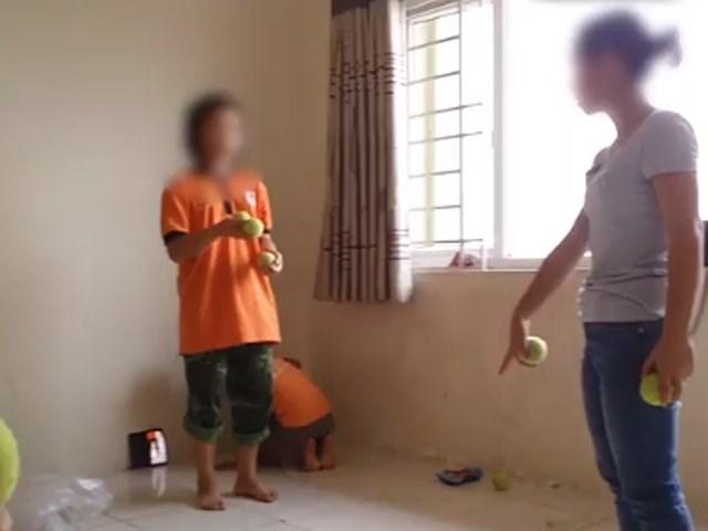 Giáo dục trẻ tự kỷ: Chồng chất khó khăn