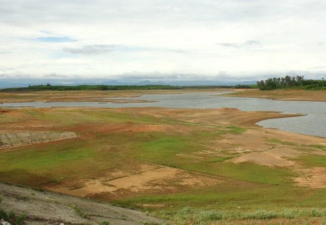 Quảng Trị: Hạn hán, người dân thiếu nước sinh hoạt