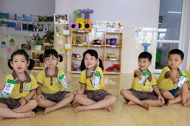 Hà Nội: Hơn 1 triệu trẻ mẫu giáo và học sinh tiểu học tham gia chương trình Sữa học đường - 6