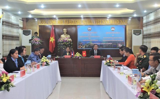 Tăng cường trao đổi kinh nghiệm giữa Mặt trận tỉnh Quảng Nam và Sê Kông