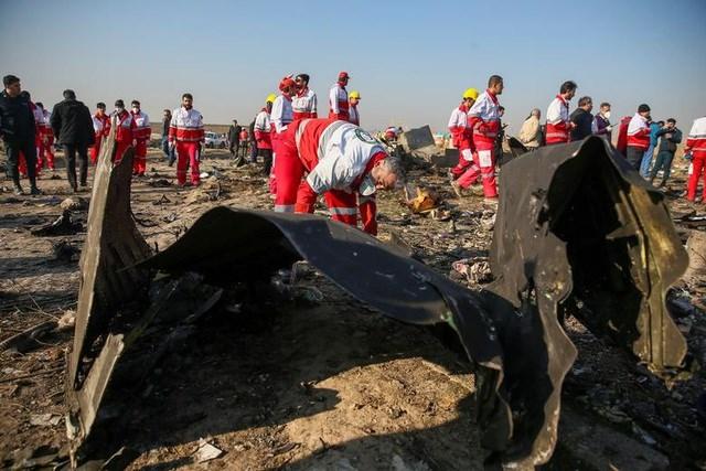 Iran thừa nhận bắn nhầm máy bay Ukraine khiến 176 người chết - 2
