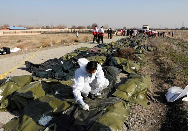 Iran thừa nhận bắn nhầm máy bay Ukraine khiến 176 người chết - 4