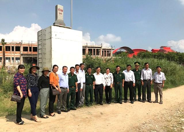 Xây dựng đường biên giớihòa bình, hữu nghị với Lào, Campuchia - 1