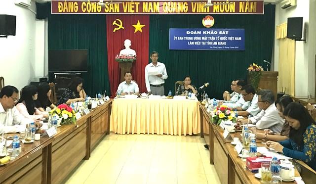 Xây dựng đường biên giớihòa bình, hữu nghị với Lào, Campuchia