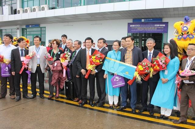 Du lịch Thừa Thiên - Huế: Chào đón những du khách đầu tiên - 1