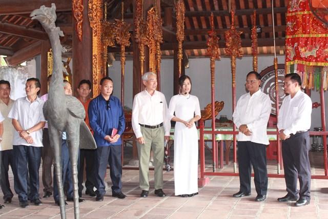 Đoàn cán bộ Mặt trận Lào tham quan thực tế tại thị xã Quảng Yên - 3