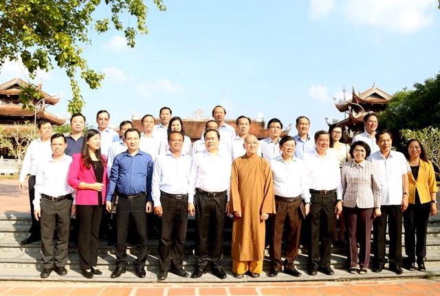 Chủ tịch Trần Thanh Mẫn trao 10 căn nhà Đại đoàn kết cho hộ nghèo huyện Phong Điền - 3