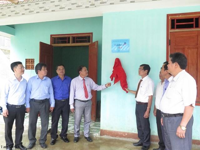 Quảng Ngãi: Bàn giao 150 nhà Đại đoàn kết cho hộ nghèo