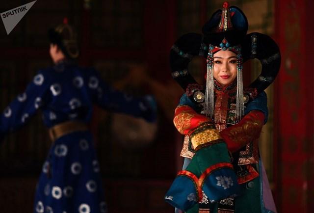 [ẢNH] Khám phá một Mông Cổ bí ẩn trong nhịp sống hiện đại - 7