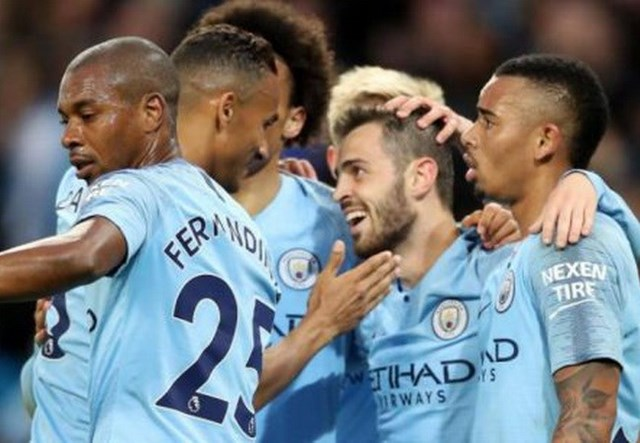 Nhà vô địch Man City lập nên hàng loạt kỷ lục tại Premier League