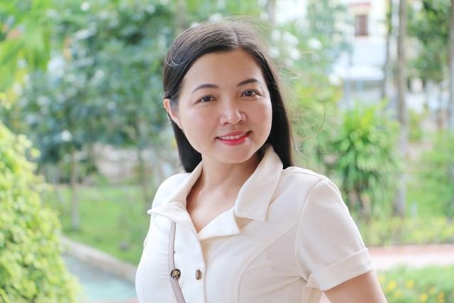 Nhà thơ Minh Đan: Gia đình là nơi của lòng nhân hậu, yêu thương