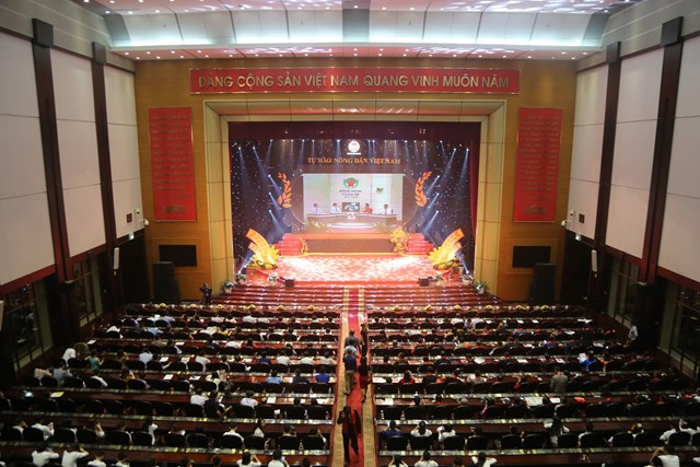 Vinh danh 63 nông dân Việt Nam xuất sắc năm 2019 - 6