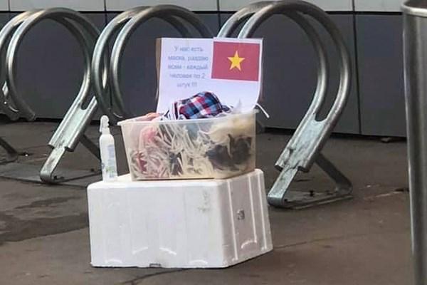 Người Việt ở Nga chống dịch Covid-19