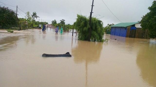 Đắk Lắk: Mưa lớn kéo dài nhiều địa phương bị chia cắt