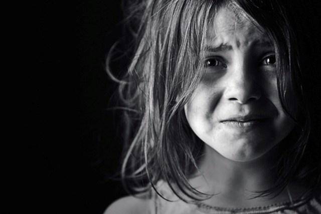 Thói quen xấu phổ biến của cha mẹ có thể khiến con trở nên bất hạnh