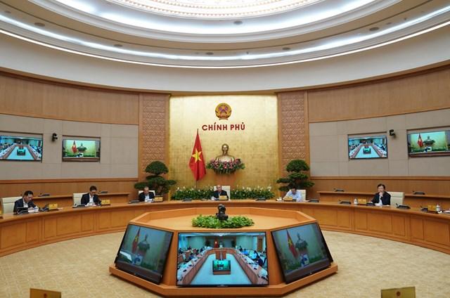 Thủ tướng yêu cầu đóng cửa các dịch vụ không cần thiết - 1