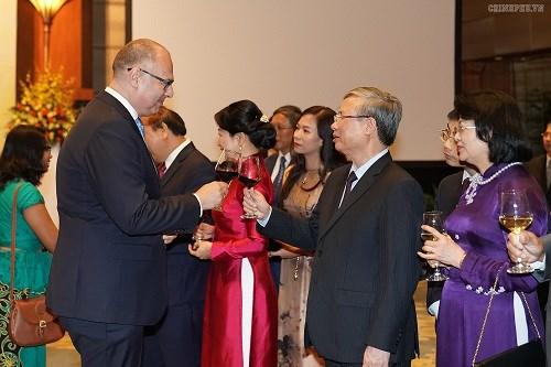 Thủ tướng: Người dân Việt Nam cháy bỏng khát vọng 'hòa bình và thịnh vượng' - 4