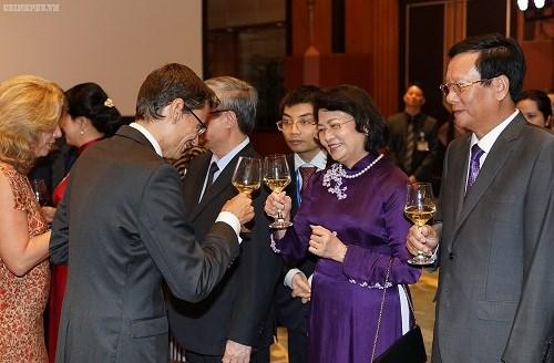 Thủ tướng: Người dân Việt Nam cháy bỏng khát vọng 'hòa bình và thịnh vượng' - 7