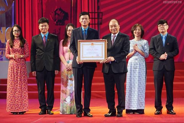 Thủ tướng dự kỷ niệm 90 năm ngày Báo Lao Động ra số đầu tiên