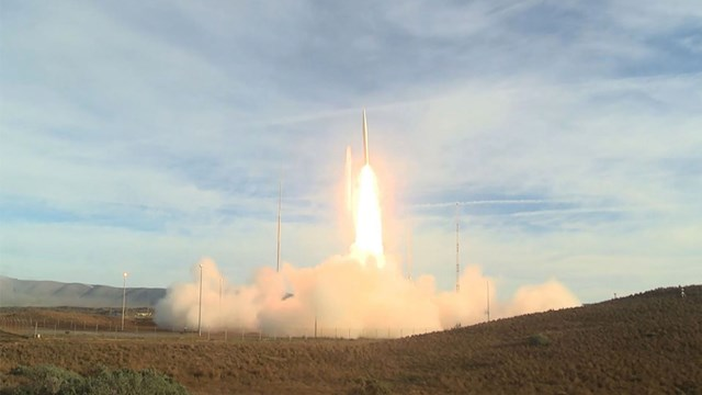 Sau khi rút khỏi INF, Mỹ thử nghiệm tên lửa đạn đạo tầm trung