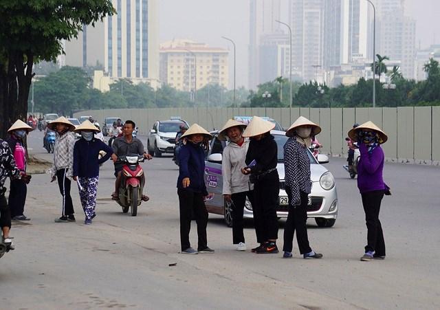 Vé 'chợ đen' trận Việt Nam - Malaysia vẫn bị thổi giá cao ngất