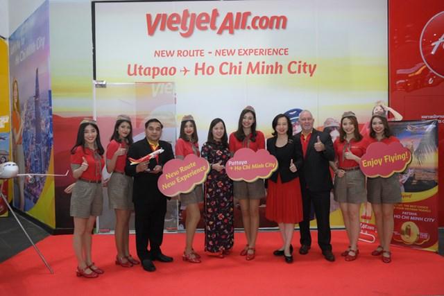 Thủ tướng Thái Lan chúc mừng Vietjet tại lễ ra mắt đường bay TP HCM - Pattaya - 2