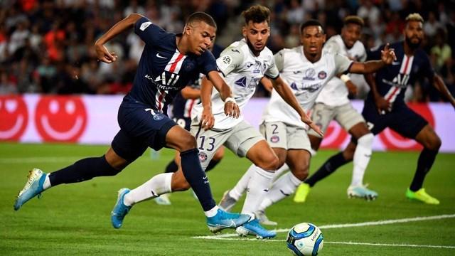 PSG 4-0 Toulouse: Mbappe ghi dấu ấn và... chấn thương nặng - 3