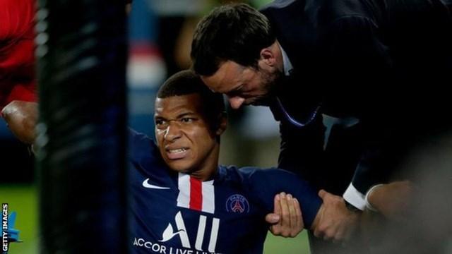 PSG 4-0 Toulouse: Mbappe ghi dấu ấn và... chấn thương nặng - 4