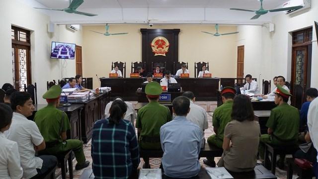 Vụ gian lận thi cử Hà Giang: Nhắn tin Phó Chủ tịch tỉnh vì bị 'gây khó khăn' - 2