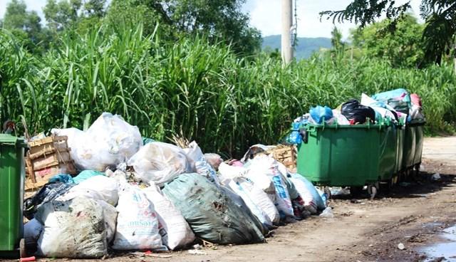 Quảng Nam: Không để xảy ra 'điểm nóng' tại khu xử lý rác thải Tam Xuân 2 - 1