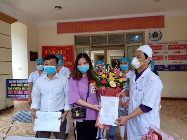 Bệnh nhân Covid-19 đầu tiên ở Hà Tĩnh khỏi bệnh