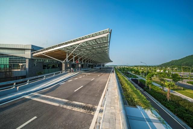 Chính thức khai trương đường bay Vân Đồn – Đà Nẵng từ ngày 1/11 - 1