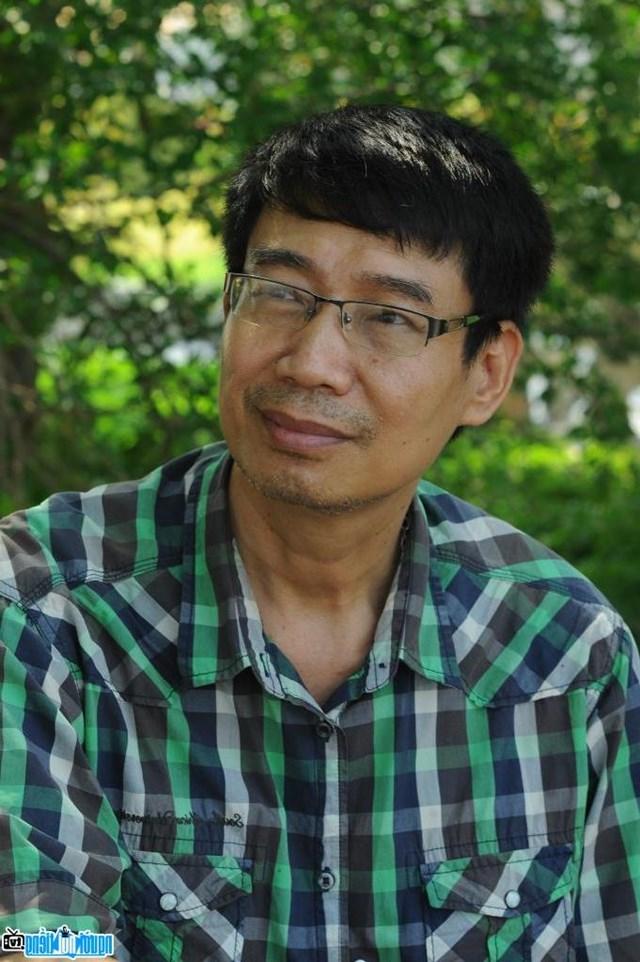 Nhà văn Sương Nguyệt Minh: Chỉ một người vô trách nhiệm, thiệt hại rất lớn