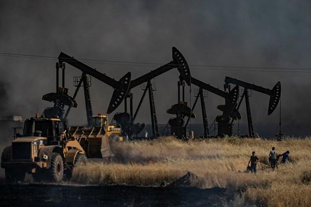 Nga cáo buộc Mỹ thu lợi trái phép từ dầu mỏ Syria