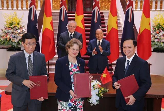 [ẢNH] Thủ tướng Nguyễn Xuân Phúc đón, hội đàm với Thủ tướng Australia - 9