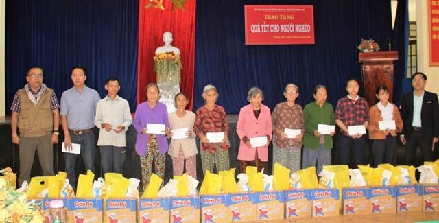 Quảng Nam: Văn phòng báo Đại Đoàn Kết tặng quà Tết cho các hộ khó khăn - 1