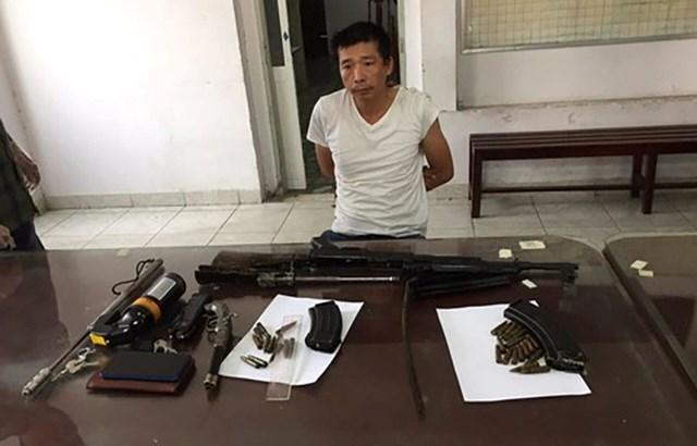 Mang súng K56 cùng 29 viên đạn đem bán thì gặp… cảnh sát hình sự