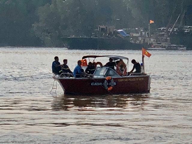 3 thợ lặn mất tích khi đang cứu nạn tàu chìm trên sông Lòng Tàu