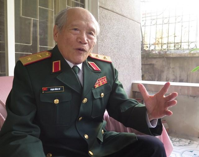 Trung tướng Phạm Hồng Cư: Bình tĩnh và kiên định