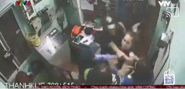 Phóng viên Trung tâm truyền hình Việt Nam tại Đà Nẵng bị hành hung