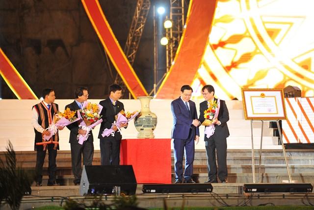 Gia Lai: Kỷ niệm 90 năm ngày thành lập đô thị Pleiku - 1