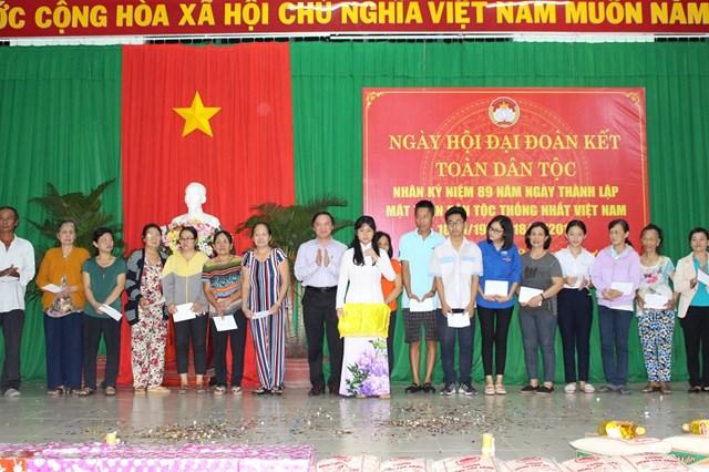 Bí thư Tỉnh ủy Khánh Hòa dự Ngày hội Đại đoàn kết tại tổ dân phố khó khăn nhất phường Tân Lập   - 1