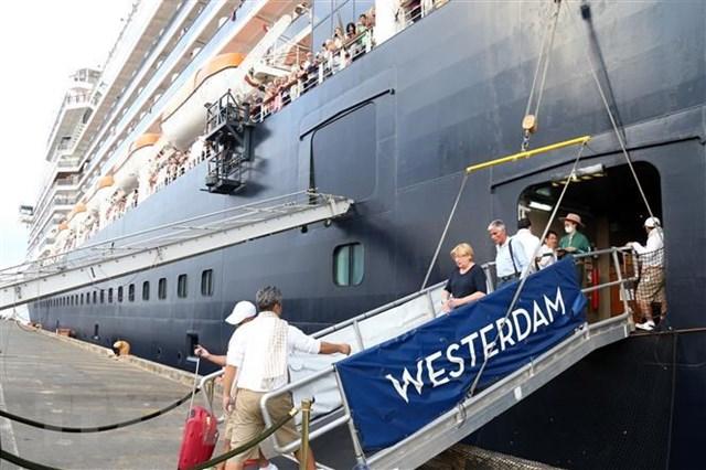 Nữ hành khách tàu Westerdam bị phát hiện lây nhiễm Covid-19