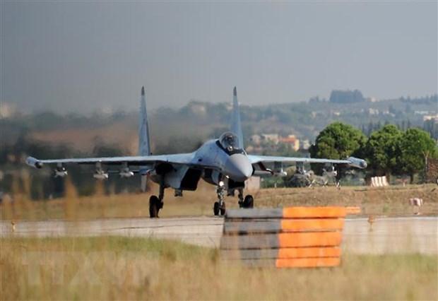 Máy bay quân sự của Nga tuần tra trên không phận Syria