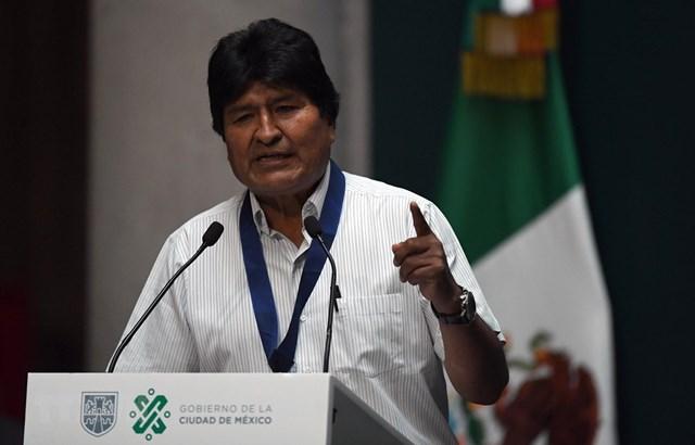 Bolivia: Cựu Tổng thống Evo Morales tới Argentina tị nạn
